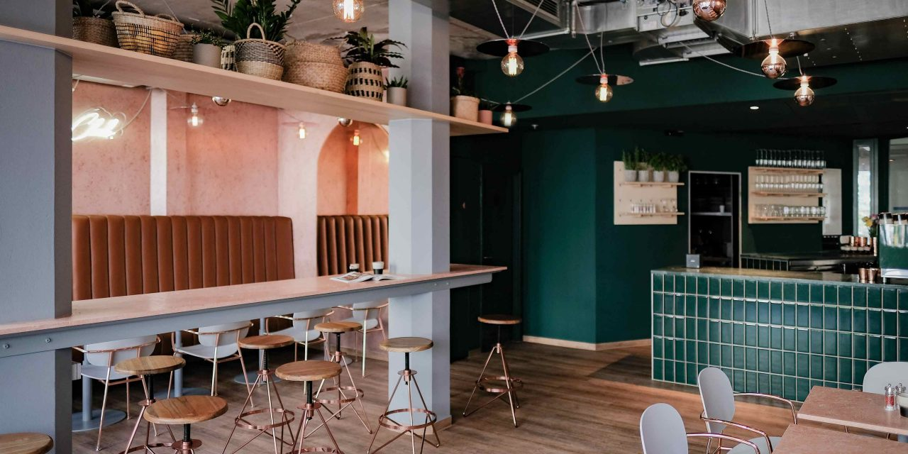http://lovadesign.de/wp-content/uploads/2018/12/1_lova_marys_coffee_club_interior_design-1280x640.jpg